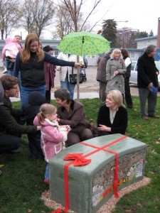 North End installs public art bench